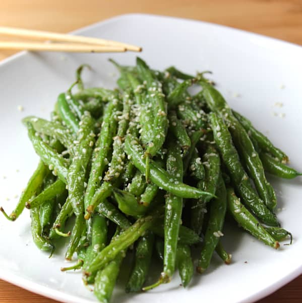 Garlic-Parmesan Sesame Stir Fry Green Beans