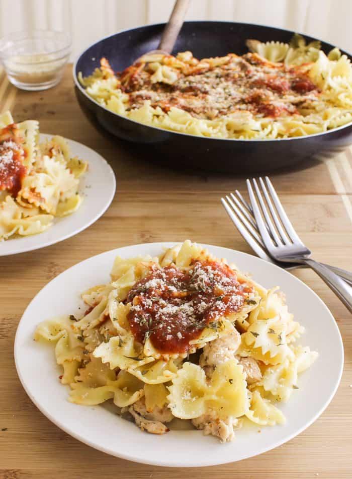Chicken bruschetta pasta skillet easy meals jessica in the kitchen chicken bruschetta pasta skillet easy meals forumfinder Choice Image