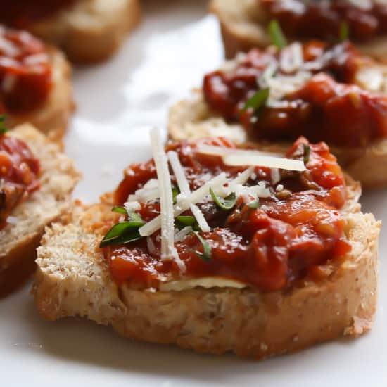 Close up of sundried tomatoes bruschetta.