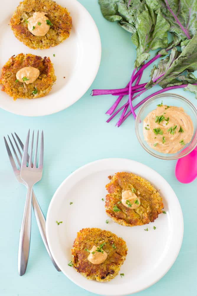Sweet Potato and Kohlrabi Fritters with Yogurt-Tahini Sauce is a farmer's market's dream recipe! The delicious unique flavour of kohlrabi shines through and the yogurt-tahini sauce adds a delicious salt smoky flavour! #vegetarian #healthy-5