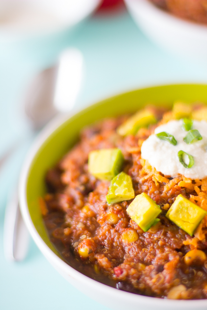 This Vegan Crockpot Chili is made with quinoa and black beans, needs only 10 minutes prep then right into the crockpot! You get a thick & delicious chili!