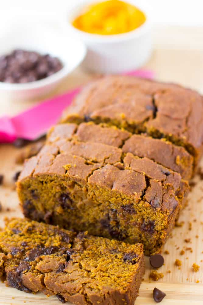 This Healthy Pumpkin Chocolate Chip Bread is made with delicious homemade pumpkin puree, refined sugar free, vegan and gluten free! This bread is soft, decadent AND healthy!