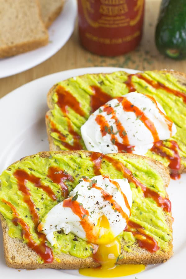 Sriracha Poached Eggs and Avocado Smash Toast is my official go to breakfast - packed with proteins and healthy fats and ready in 15 minutes!