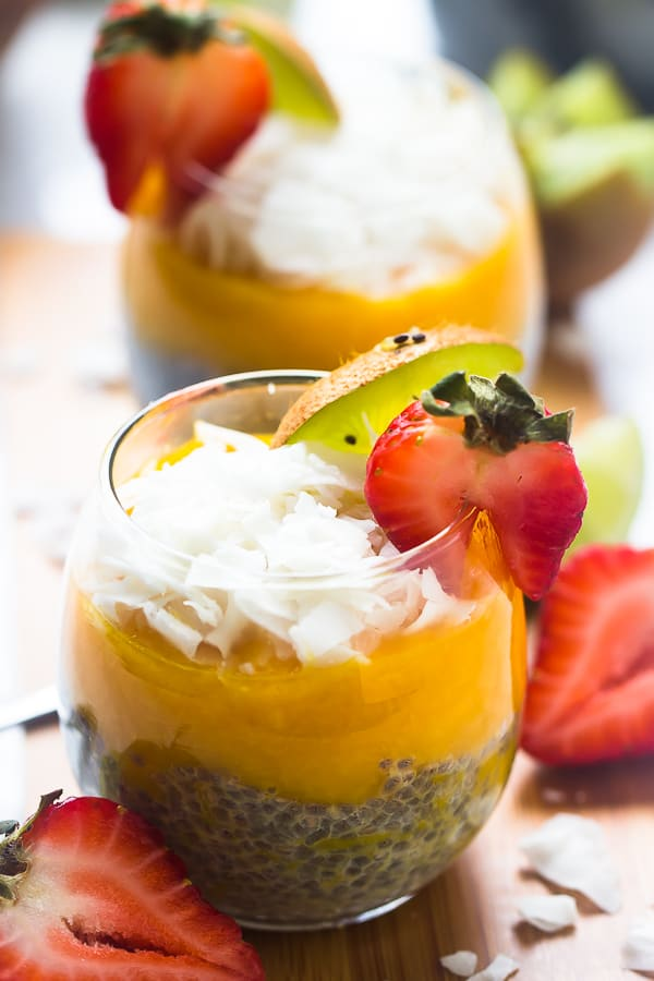 These No Bake Mango Coconut Chia Puddings are made with only 5 ingredients, overnight and are the perfect quick breakfast, snack or even dessert!