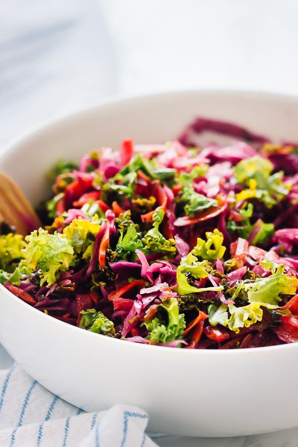 This is the best Kale Cabbage Slaw you'll ever try! It's healthy, just 5 minutes of prep and goes well with everything! via https://jessicainthekitchen.com