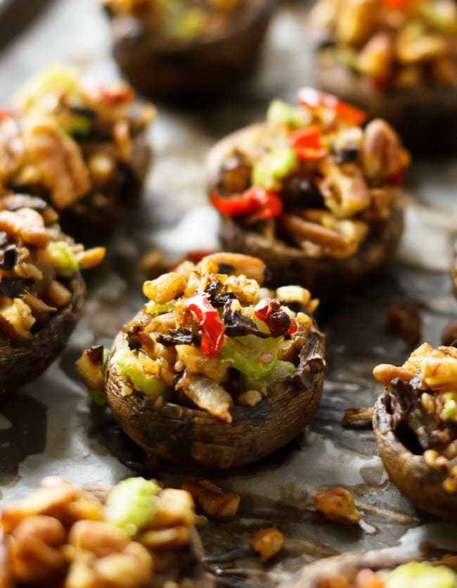 vegan_stuffed_mushrooms_eat_healthy_eat_happy_vert_1_cmp-2