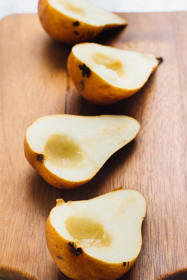 this-cinnamon-baked-pears-are-a-real-healthy-fall-treat-just-three-ingredients-so-soft-they-taste-caramelised-and-so-easy-to-make