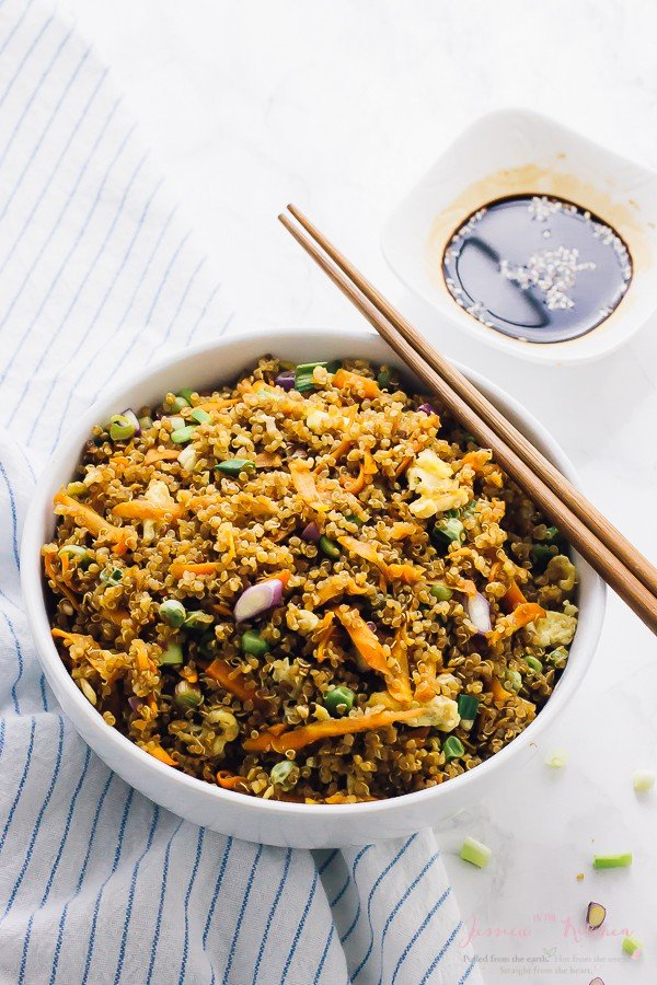 Quinoa fried rice 15 minute healthy video jessica in the kitchen quinoa fried rice 15 minute healthy video ccuart Choice Image