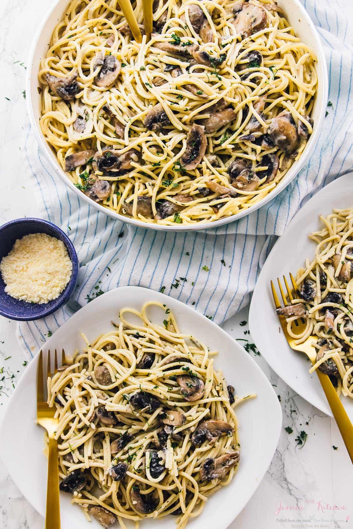 Creamy Garlic Mushroom Pasta (V + GF)