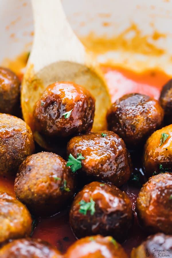 buffalo quinoa cauliflower vegan meatballs jessica in the kitchen - Meatball Kitchen