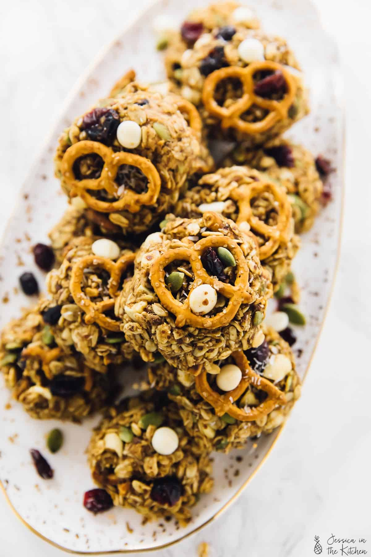 These chewy trail mix cookies are protein packed and so easy to make! They're perfect for hikes, quick breakfasts, snacks and are vegan! via https://jessicainthekitchen.com