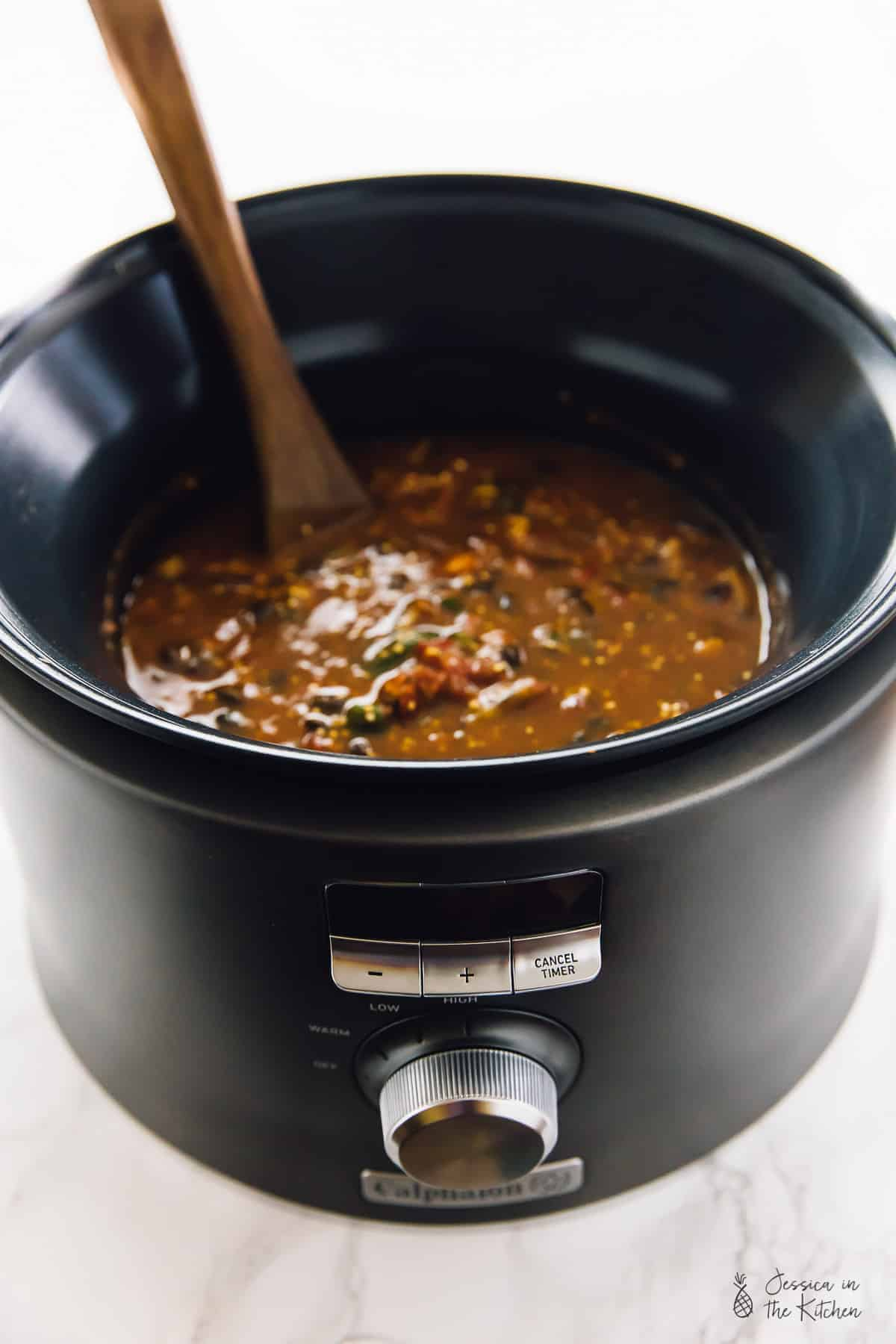 NEW POST! This Slow Cooker Pumpkin Quinoa Chili is warm, comforting and needs only 10 minutes of prep then right into the slow cooker! It results in a thick, filling and delicious chili! It's made in the brand new @Calphalon Digital Sauté Slow Cooker for a foolproof, seamless and flawless one-pot cooking experience! Via https://jessicainthekitchen.com #CalphalonAppliances #ad #vegan #slowcooker #chili