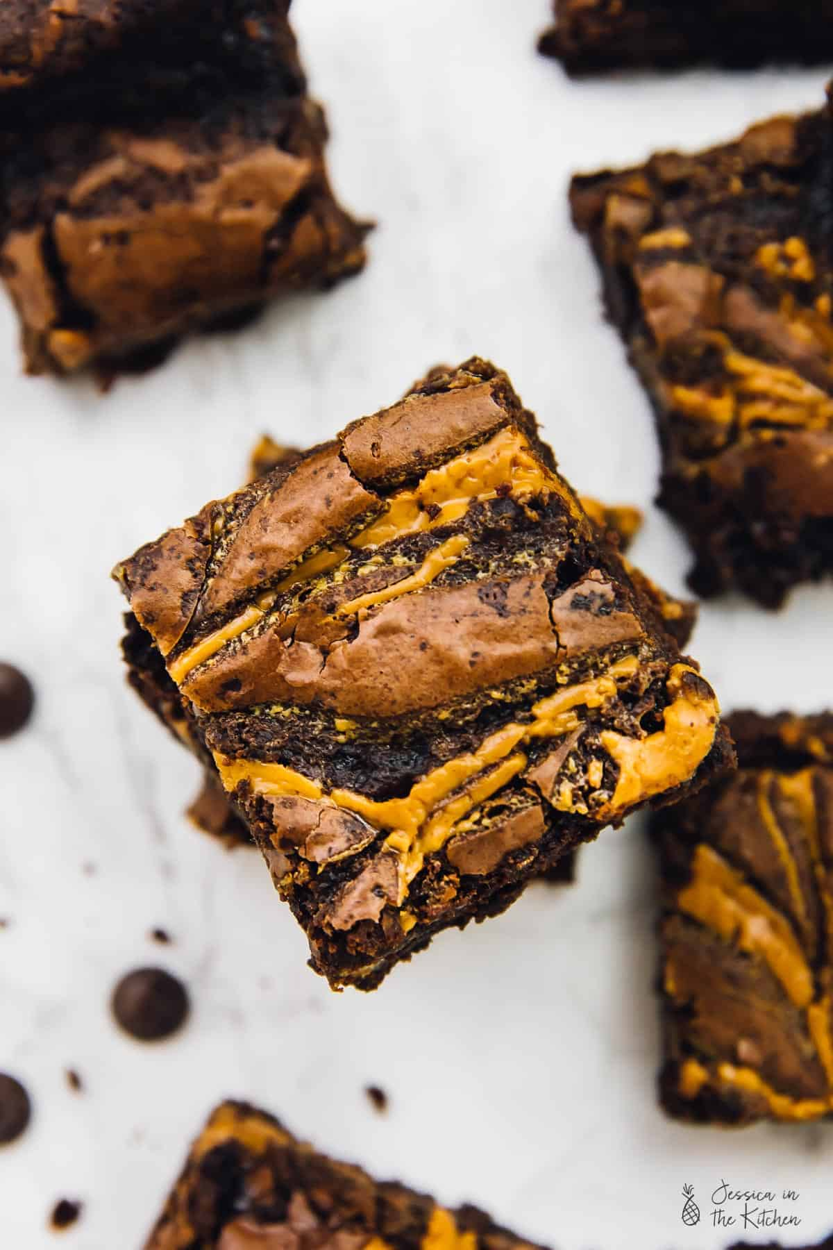 These Vegan Chocolate Peanut Butter Swirl Brownies are beyond addictive! They are chewy, fudgy, rich inchocolate and peanut butter and so easy to make! via https://jessicainthekitchen.com