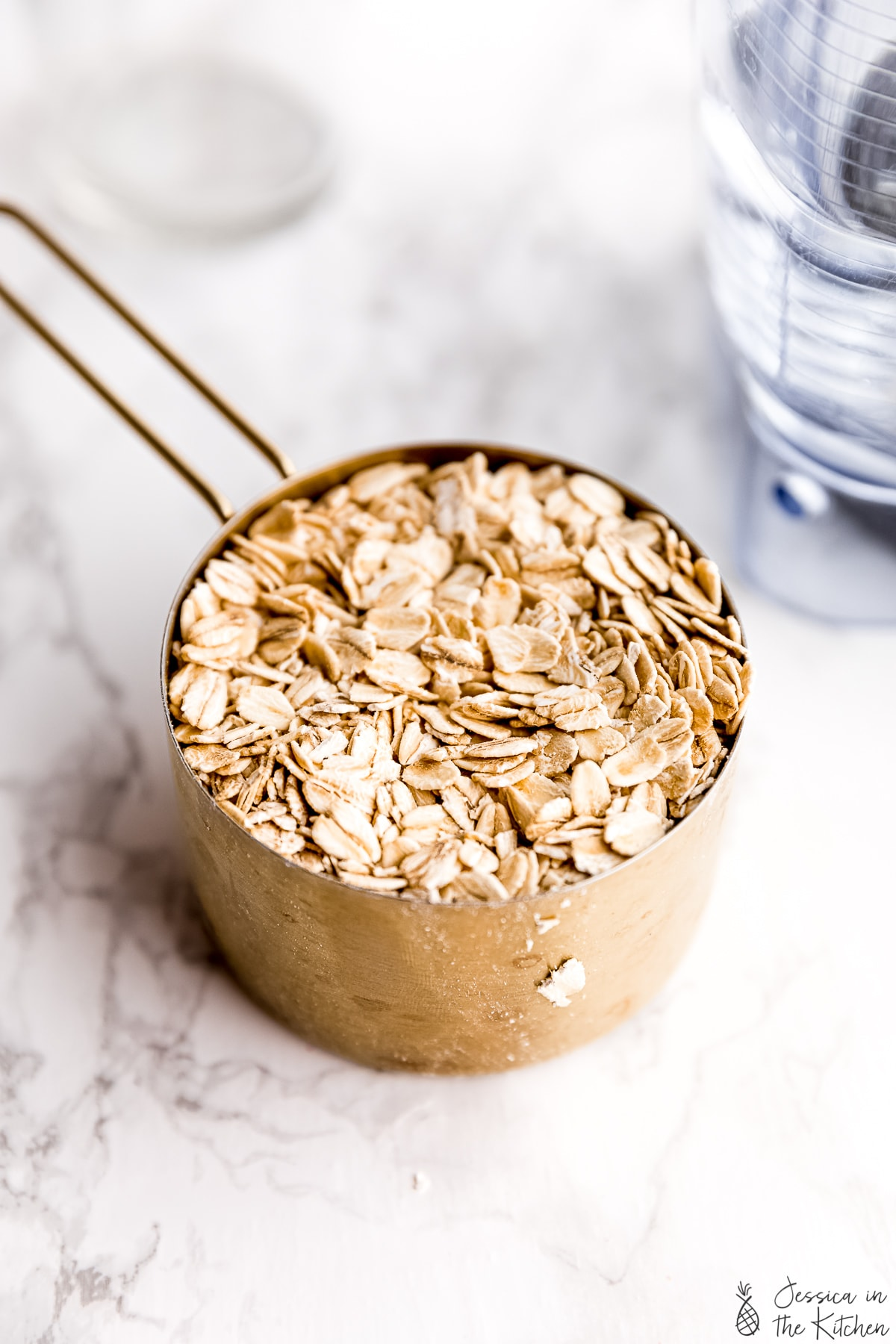 oats in a measuring cup