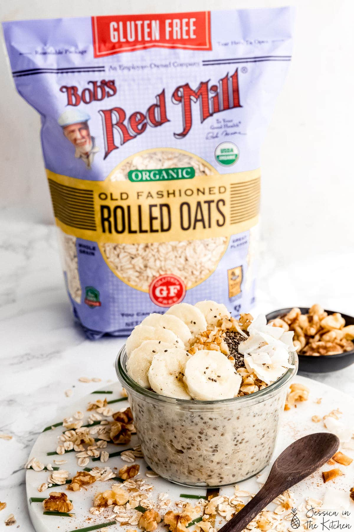 overnight oats with bag of Bob's Red Mill Old Fashioned Rolled Oats in the background