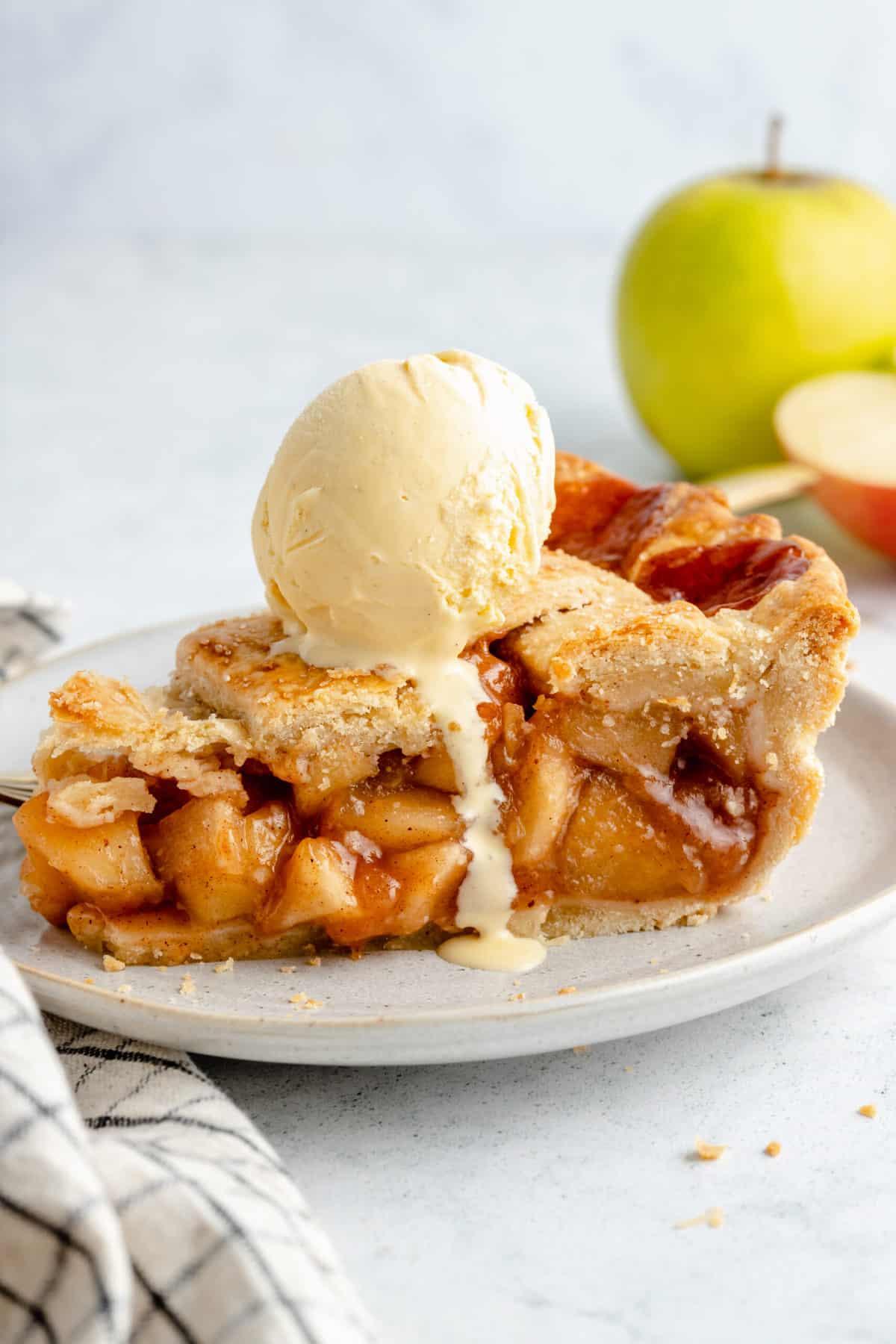 Vegan apple pie with ice cream.