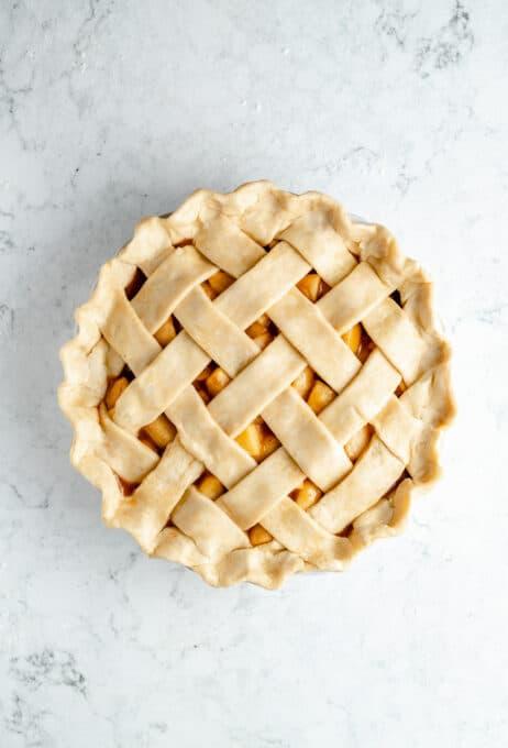 Unbaked vegan apple pie.